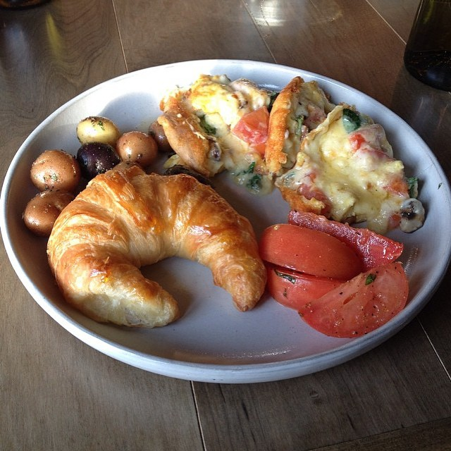 Good morning! Meet us for brunch at &27 today from 10am to 1pm. Thanks Samantha Drake for tagging us. #ampersand27 #ampersand27yeg #yegfood #yeg #brunch #food #foodies #instafood #tasteab #gastropost #croissant #frittata #foodporn #yum #delicious #goodmorning