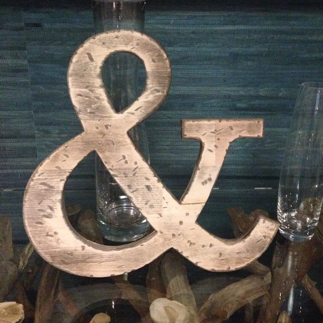Happy New Year Edmonton! #ampersand27yeg #yegfood #yeg #edmonton #ampersand27 #food #foodies #happynewyear #newyear #holidays #yeglife #yegstyle #whyteave #oldstrath