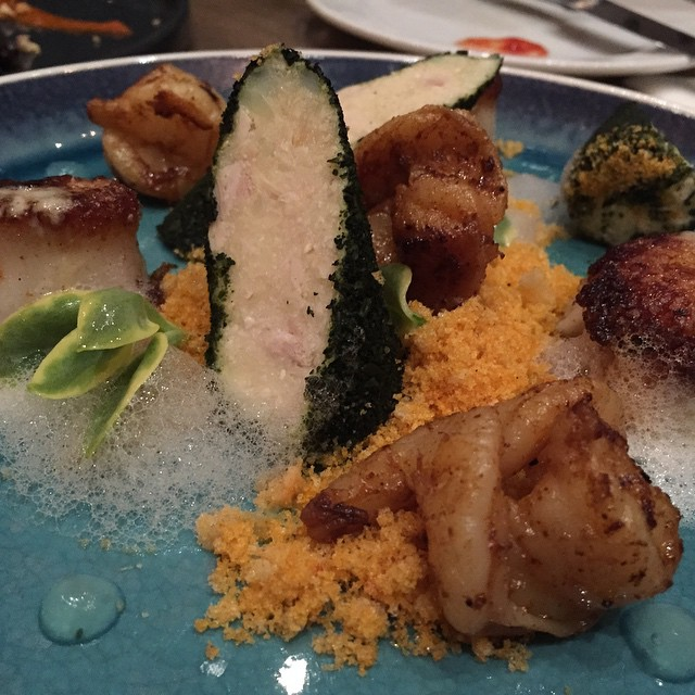 My pick off Ampersand 27's menu: Seashore #tunawaslikepudding #smokysweetsearedscallops #didntrealizethegreenstuffwasedible #howdotheymakethefoam #tuna #shrimp #scallops #seafood #creativefood #ampersand27 #yegfood