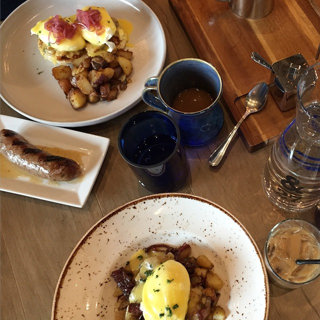 Sunday brunch  Pulled pork eggs benny, corn beef hash and an extra stone house sausage on the side. #brunch #thegilliesfam #ampersand27 #yegeats #yegfood #edmonton