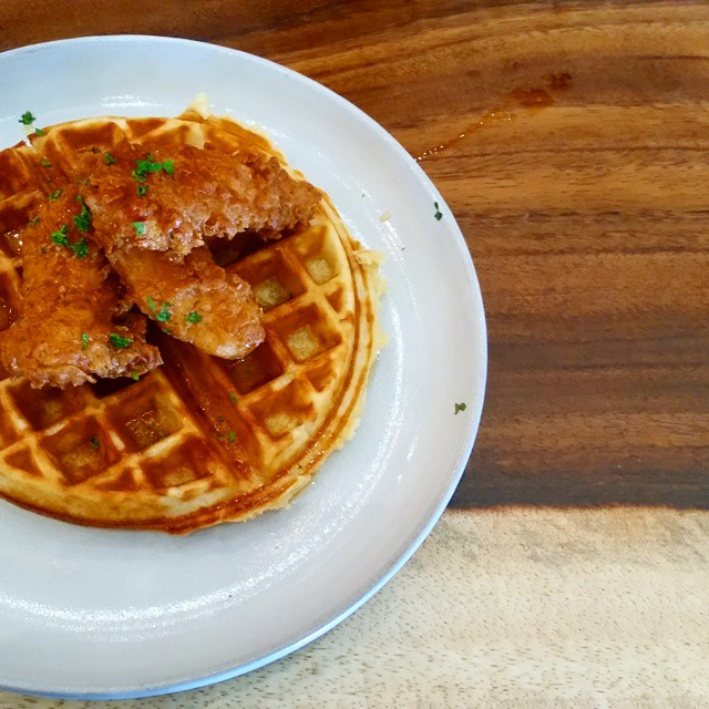 Best Chicken and Waffles in Edmonton! @ampersand27 #chickenandwaffles #ampersand27 #jlredmonton #Edmonton #alberta #yeg #yeggers thanks for the company! @hungrylittlelady @kismetp @08241977 @sherrlala @k005h